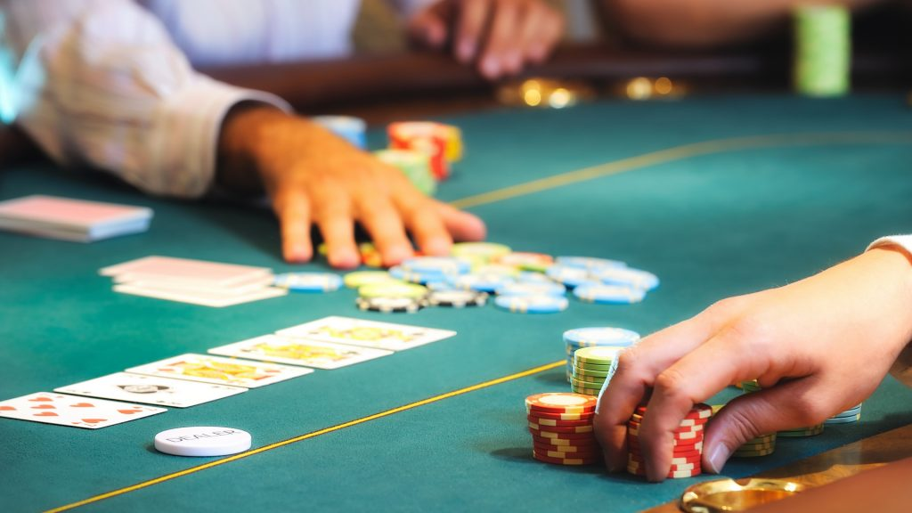 poker bet sizing strategy